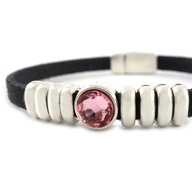 Leren armband black puntsteen roze detail