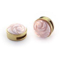 Slider goud met cabochon carved rose shiny soft pink